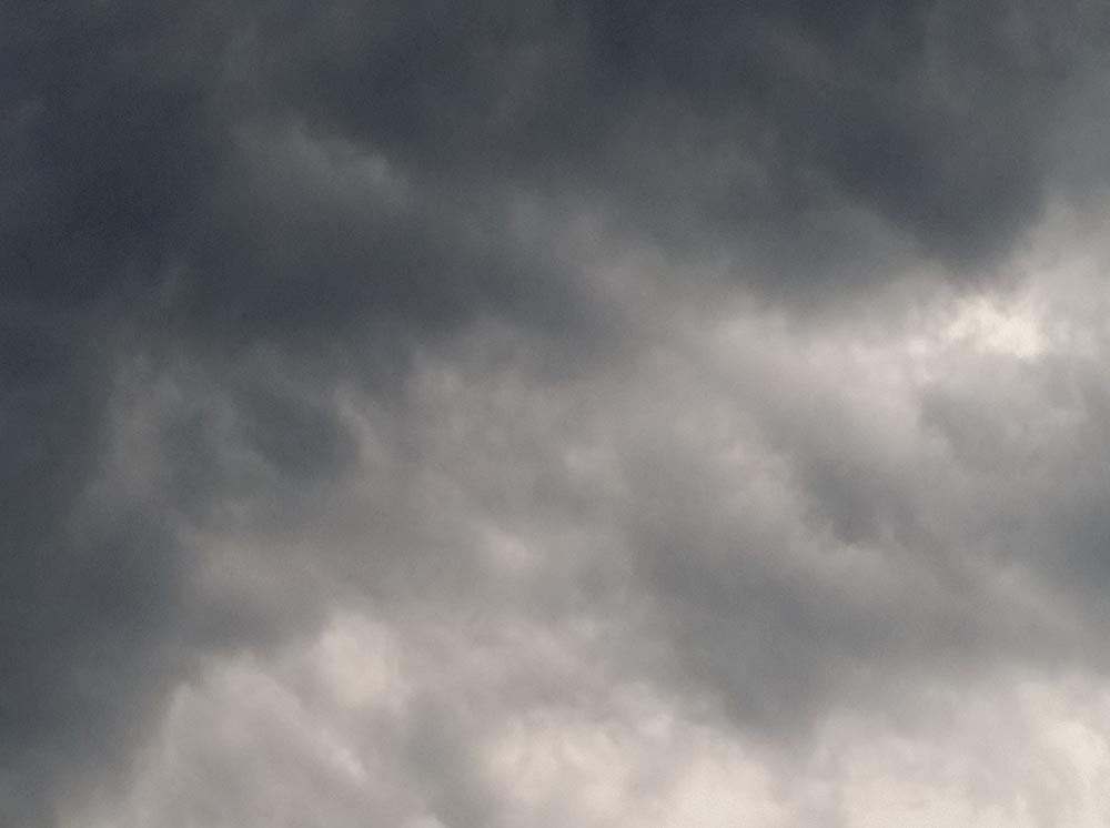 dark clouds are gathering over macOS